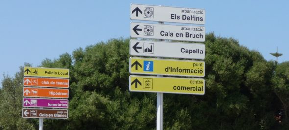 Cartel indicativo de Cala en Brut (Cala en Bruch)